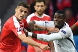 Granit Xhaka und Paul Pogba im Duell (Foto: Franck Fife / AFP / Getty Images)